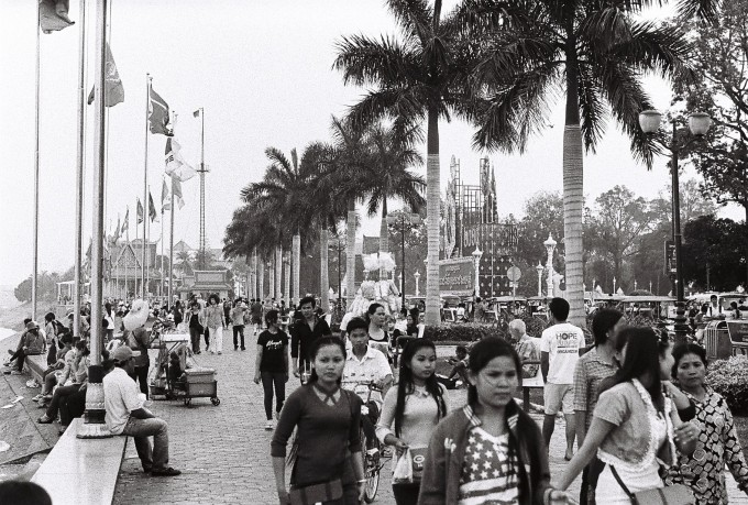 11. An endless movement (Phnom Penh, Cambodia)
