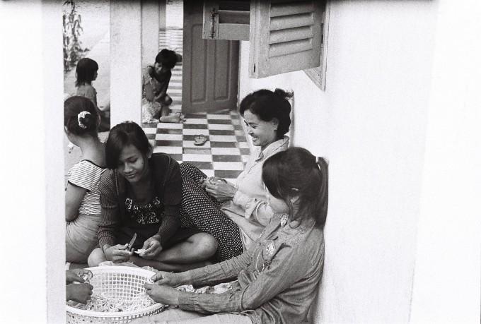 6. Like a family (Battambang, Cambodia)