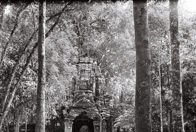 9. Looking through the centuries (Siem Reap, Cambodia)