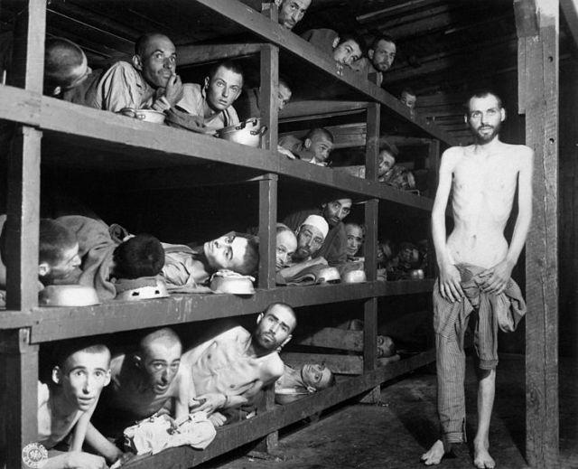 BELIE-WIESEL-Buchenwald-1945