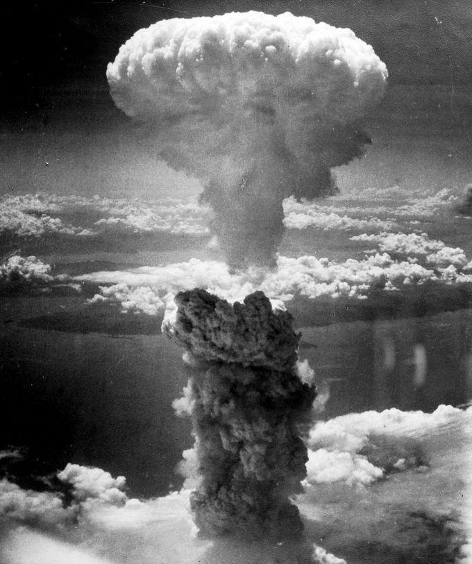 2048px-nagasakibomb